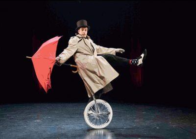 Noliv' – Monocycle clownesque